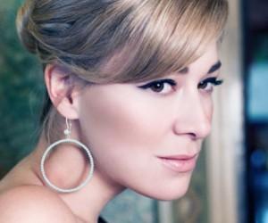 Barber, Jill earring