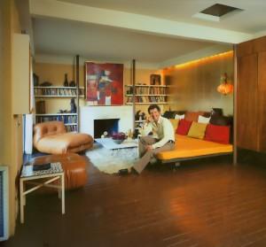 Erickson, Arthur in his living room, 1972