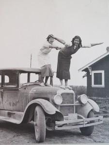 Filtreau, Fabienne two grandmothers on car