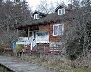 Laing, Mack Shakesides house