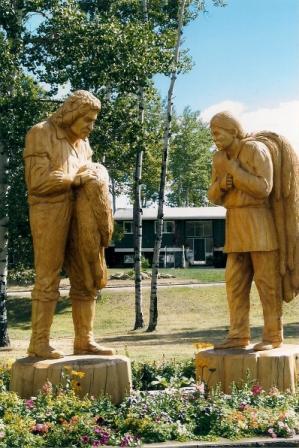Mackenzie, Alexander wood statues Hudson Hope