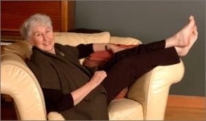 Langer, Shirley relaxing