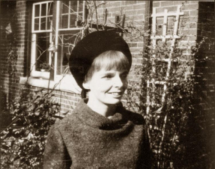 Carol Shields, Toronto, 1966