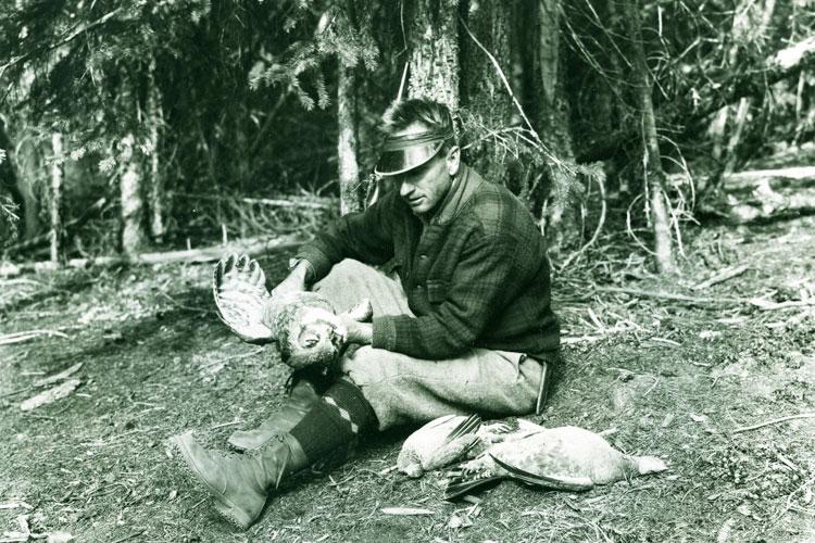 Laing,-Mack-with-blue-grouse-and-horned-owl-Juniper-Mtn-Ashnola-WEB
