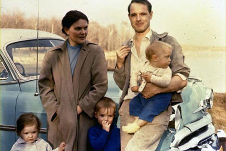 Mackie family Christina, Richard, Alexander, Mackie siblings with parents, Wabamun, Alberta, 1958