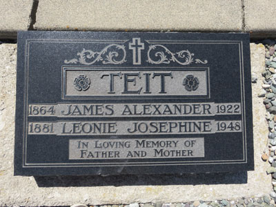 Teit,-James-grave-plaque-Merritt-2015-WEB