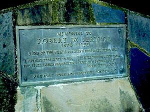 Service, Robert plaque