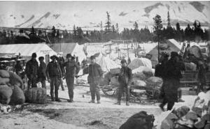 2-log-cabin-bc-c-1898-eight-miles-south-of-lake-bennett