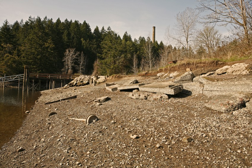 4-tod-inlet-beach-rubble-4