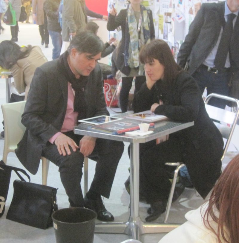 savoff-dimiter-with-spanish-author-in-bologna2