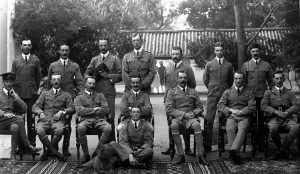 taylor-5-at-meerut-1907-in-the-indian-state-of-uttar-pradesh-bowen-colthurst-is-standing-in-the-middle-of-the-back-row